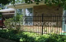 staggered-spear-aluminum-fences.jpg 94