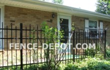 staggered-spear-point-aluminum-fence.jpg 92