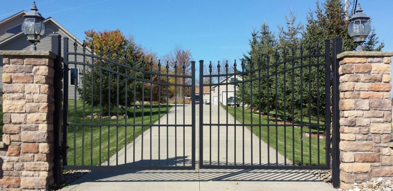 Wood fencing the home depot community autos post for Aluminum driveway gates prices