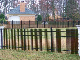 Falcon Residential Aluminum Fence