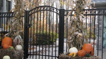 Saybrook Commercial Aluminum Fence