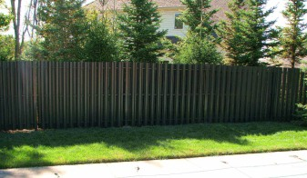 Residential Solid Panel Aluminum Privacy Fence