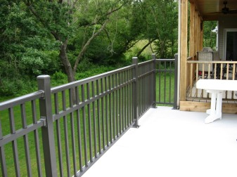 Avon Breadloaf Top Aluminum Deck Railing