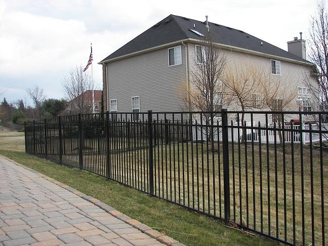 Specrail aluminum pool fence and gates